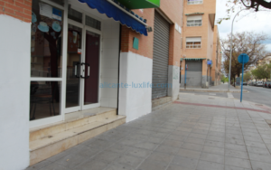 Venta de cafetería en Alicante frente al calle Diputado Antonio