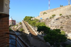 Venta de piso en Alicante en la zona de Castillo de San Fernando