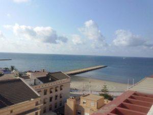 Venta de piso en Alicante en la zona de Santa Pola en primera línea de playa