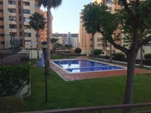 Venta de piso en Alicante en Urbanisacion con piscina