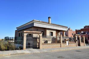Venta de chalet en urbanización en Los Montesinos cerca de Torrevieja