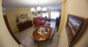 Продается просторный дом в Аликанте в районе San Blas
